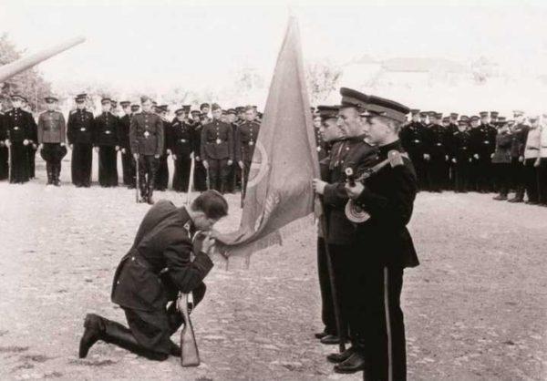 Производство и продажа Брюки воспитанника суворовского военного училища обр.1943 года M3-096-U с доставкой по всему миру