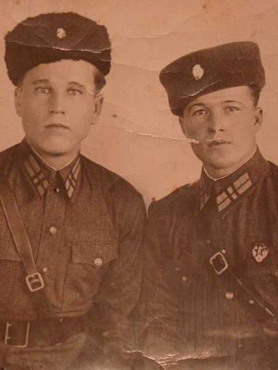 Cockade GULAG NKVD M 1936 (Кокарда ГУЛАГ НКВД СССР обр. 1936 г. )-02