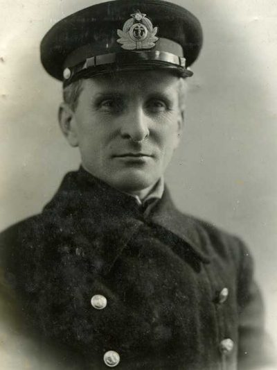 Cockade on the hat commanders of the Navy (seafarers) (Кокарда на фуражку командного состава РКВМФ (плавсостав))-02
