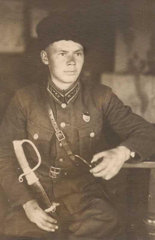 Kuban cap soldiers Kuban Cossack units M 1936 (Кубанка рядового состава кубанских казачьих частей обр. 1936 г. ) M3-007-G